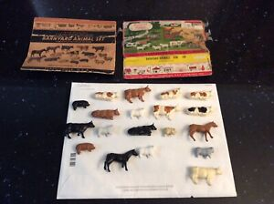 O/S Gauge Plasticville Barnyard 19 pieces of Animals With 2 Boxes, used