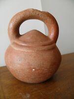 vase  précolombienne en terre cuite culture Carchi