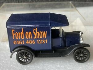 CODE 2 Matchbox MB44 MODEL 'T' FORD VAN FORD ON SHOW
