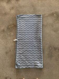 Norwex Body Towel Gray Chevron VGUC Baclock