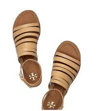 Tory burch sandals 8M used ( Barley Used)