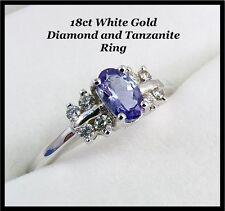 Hermoso 18 CT Oro Blanco Diamante Anillo & Tanzanita