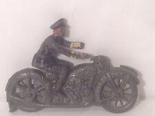John Hill, motocicleta y jinete. (mi ref Gr 608) dañado