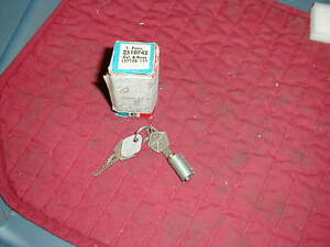 NOS MOPAR 1948-68 DODGE TRUCK IGNITION LOCK CYLINDER & KEYS