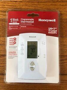 HONEYWELL RTH221B Basic 1 Week Programmable Thermostat. RARE vertical model.