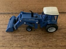 ertl 1/64 farm country Ford Tractor With Loader Loose Very Good Condition 1986