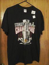 Gildan Black Hawks Stanley Cup Champions 2013 T-shirt, L, chest 42, 100% cotton