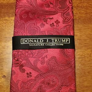 DONALD J. TRUMP~ SIGNATURE COLLECTION -Red Paisley