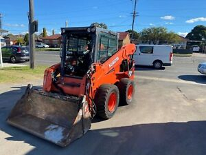 great 2018 Kubota SSV75 well maintained c/w low hours