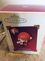 New NIB Hallmark 2005 'Chicken Little' Disney's Chicken Little Keepsake Ornament