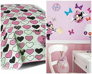 NEW DISNEY MINNE MOUSE CLASSIC REMIX MICRO RASCHEL BLANKET & WALL DECALS 2PC SET