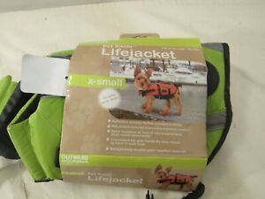 "Outward Hound Pet Saver Lifejacket X-Small - Up To 18 Pounds - 15"" - 19"" Girth"