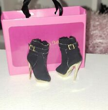 Integrity Toys FASHION ROYALTY ENERGETIC PRESENCE GISELLE heels boots poppy