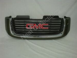 NOS OEM GMC Envoy Grille 2002 Sage Green w/GMC Emblem WITHOUT headlight washers
