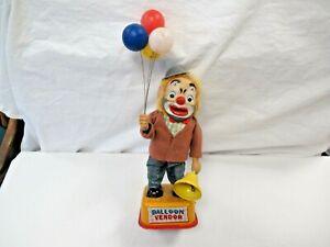 Vintage Yonezawa Japan Tin Litho Balloon Vendor Clown Battery Operated Toy