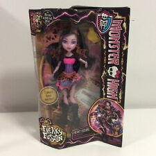 2013 Monster High Doll - Freaky Fusions Dracubecca - BNIB