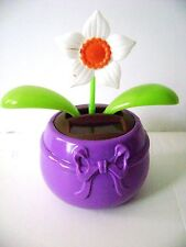 Solar Powered Dancing White Flower Flip Flap  Plant Bobble Swing  Pot (Purple)