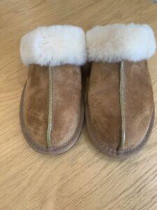 Ugg Scufette Slippers, Classic  Chestnut Colour, UK Size 6.5