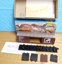 BACHMAN HO ELECTRIC RR TRAINS NIB-05077 50' OB DD BOXCAR WESTERN PACIFIC 3B