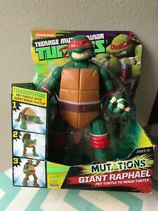 NEW Teenage Mutant Ninja Turtles Mutations Giant Raphael Pet to Ninja Turtle