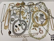 VINTAGE TO NOW COSTUME JEWELRY LOT ALL WEARABLE, GOLD SILVER TONE UNTESTED G7