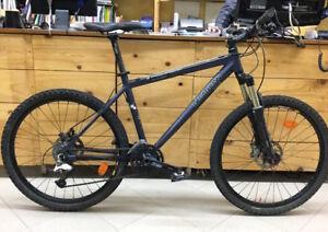 """Bici MTB 26"""" DECATHLON ROCKRIDER 8.2"""