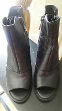 New KENNETH COLE Lacey Leather Shoes Peep Toe Double Zip Ankle Booties Sz 7 M