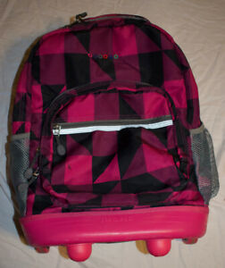 J World New York Sunrise Rolling Backpack - Squares Pink Checkers Plaid EUC