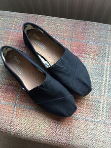 toms size 6