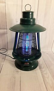 Coleman Cordless Rechargeable Portable Bug Zapper Green.     TWC.             V1