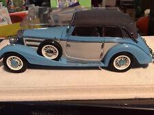 CMC 1/24 Mercedes 540k Cabriolet / Convertible blau, blue cream, closed top, BOX