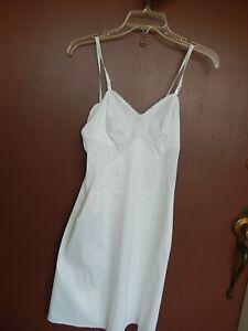 Vanity Fair So Vanity Fair Solid White NYLON Nightie /SLIP Size S GREAT FIND