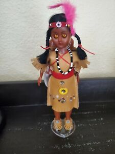 "VINTAGE NATIVE AMERICAN INDIAN 7"" DOLL WITH BABY PAPOOSE ON BACK SLEEP EYES"