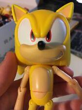 Jazwares - Sonic the Hedgehog: Super Poser Super Sonic the Hedgehog Figure