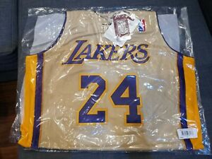 Kobe Bryant 08/09 PREMIUM GOLD Size M Medium Mitchell & Ness Jersey AUTHENTIC