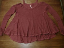 FREE PEOPLE MAUVE MOONSHINE COLD SHOULDER SHAG WAFFLE KNIT SWING SWEATER - XS