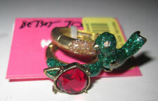 BETSEY JOHNSON FLIGHT OF FANCY BIRD AND HEART PINK STONE STRETCH RINGS