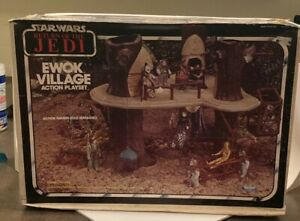 Vintage 1983 Star Wars ROTJ Ewok Village Playset Box/Manual included *complete*
