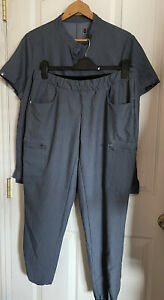 figs technical collection gray jogger top set scrub size large