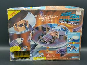 1995 Playmates Star Trek USS Enterprise Mini Playset NCC-1701-D Box+figures New