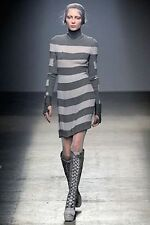 Stunning Gareth Pugh Silk Dress with grey stripes size IT 40