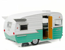 GREENLIGHT SHASTA '15 AIRFLYTE TRAILER DIE CAST HITCH TOW 1/24 GREEN 18227gr