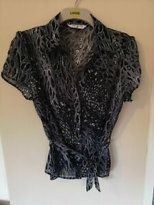 Blouse 14 Grey Animal Print Collared tie belt button up cap sleeve