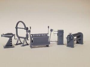 O Scale Sheet Metal Shop - Model Railroads - Dioramas