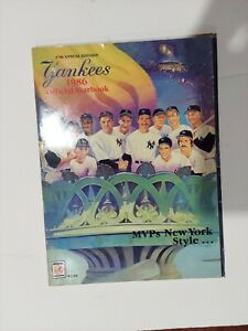 1986 New York Yankees Official Yearbook Near Mint