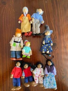9 Wooden Dolls For Dolls House Inc Ethic Family, Grandparents, Wizard, Mum & Kid