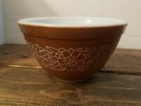 "Pyrex Small Brown Mixing  Bowl Woodland Pattern 1978-1983 #401 5.5"" Replacement"