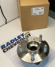 13507374 NEW GM OEM HUB AND BEARING CHEVROLET BUICK CADILLAC B107