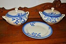 soupières anciennes + plat - Décor fleurs bleues - 2 old tureen + dish