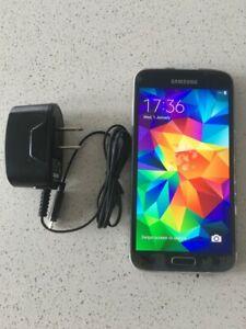 Samsung Galaxy S5 SM-G900F 16 GB Unlocked Smartphone - Black Condition 5/10
